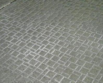 風呂の床の白い汚れ